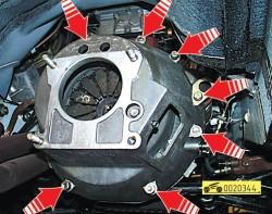 Снятие и установка сцепления на автомобиле Волга ГАЗ 31105 2004 — 2009