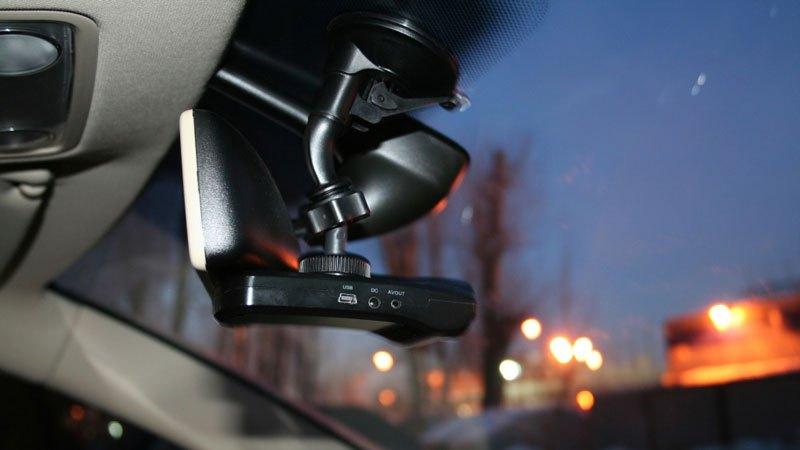 Как выбрать видеорегистратор для автомобиля? Как настроить?