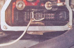 замена прокладки головки блока цилиндров на автомобиле ваз 2107 с инжекторным двигателем