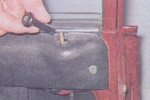 снятие и установка бокового стекла передней двери автомобиль ваз 2107