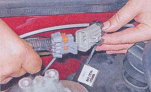 топливная рампа автомобиля ваз 2107 — снятие — установка