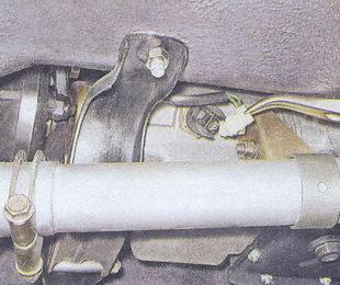 проверка и замена выключателя фонарей заднего хода на автомобиле ваз 2107