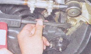 разборка тормозного механизма переднего колеса автомобиля ваз 2107