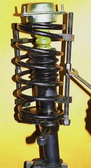 """приспособление """"стяжка"""" для стяжки пружин при ремонте и тюнинге подвески ваз 2107 и.т.д."""