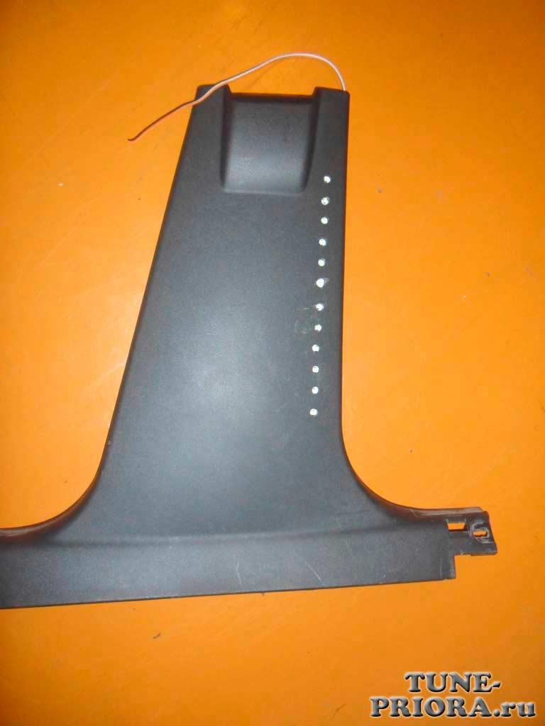 Светодиодная подсветка ног на Лада Приора